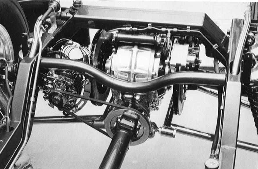 alternator driven off driveshaft in Kerry Smith T-Bucket